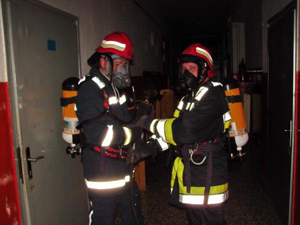 vatrogasni-portal.com/images/articles/120507-petrovsko-1.jpg
