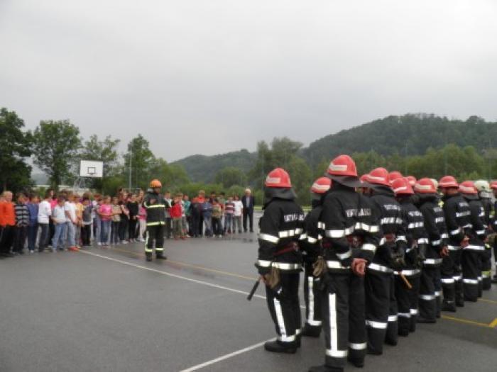 vatrogasni-portal.com/images/news/120604-hns-8.jpg